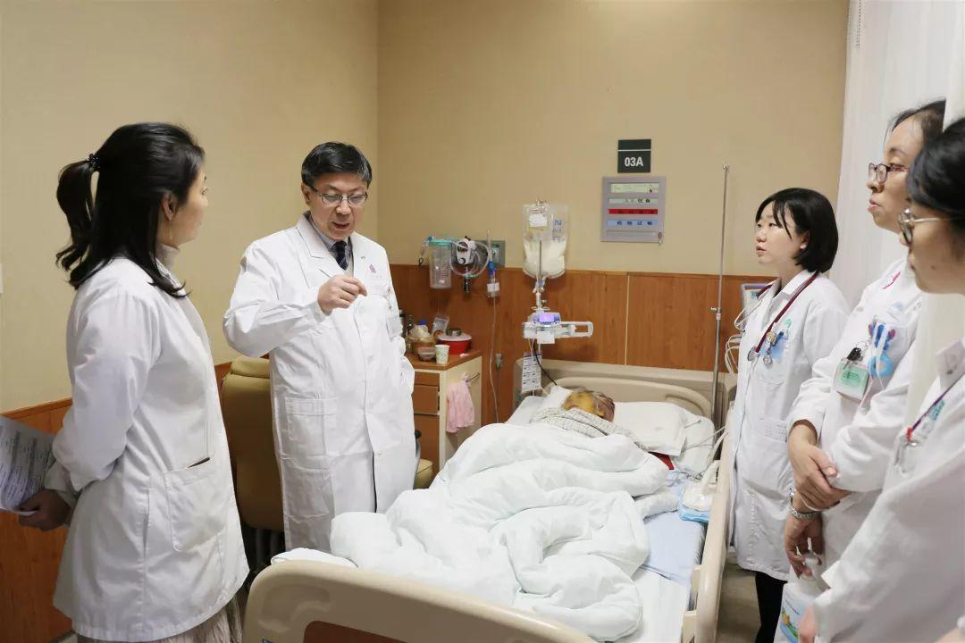 热烈祝贺魏来教授出任清华大学附属北京清华长庚医院肝胆胰中心主任!