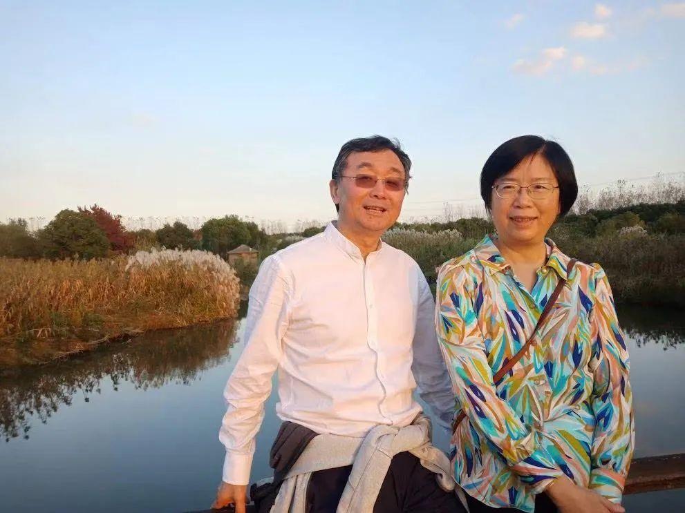 默沙东宣布放弃新冠疫苗项目,这对华人夫妇的新冠重症新药能为默沙东扳回一局吗?